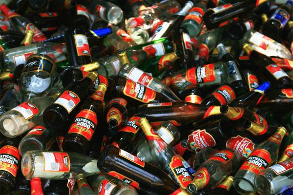 Supervisor Jan Linders wilde zichzelf niet bevoordelen met lege flessen: ontslag op staande voet onterecht (bron: AV)